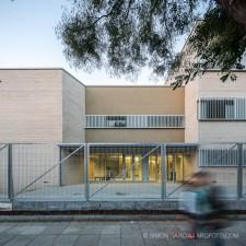 Colegio Gaudi en Sant Boi de Llobregat. Simon Garcia | arqfoto.com