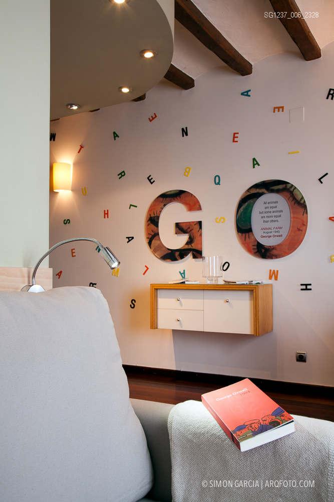 Fotografia de Arquitectura Apartamentos-Casa-de-les-Lletres-AAGF-arquitectos-SG1237_006_2328