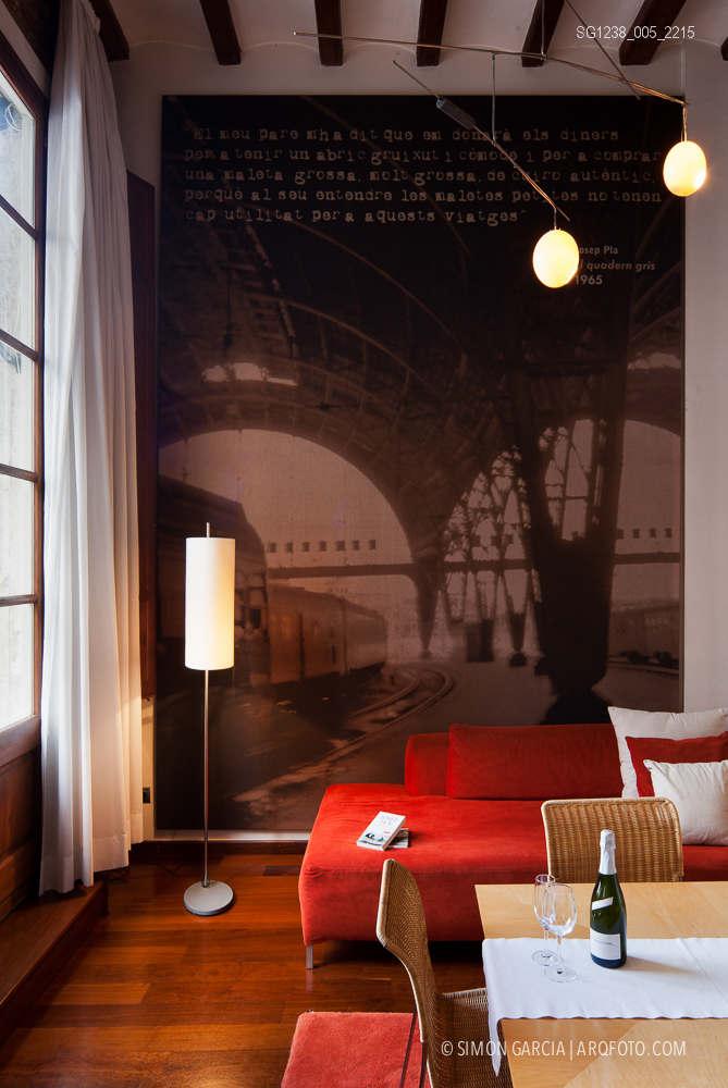 Fotografia de Arquitectura Apartamentos-Casa-de-les-Lletres-AAGF-arquitectos-SG1238_005_2215