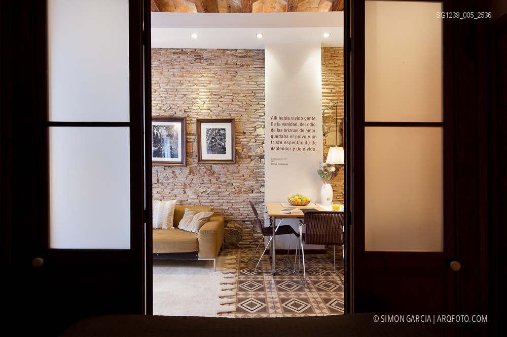 Fotografia de Arquitectura Apartamentos-Casa-de-les-Lletres-AAGF-arquitectos-SG1239_005_2536