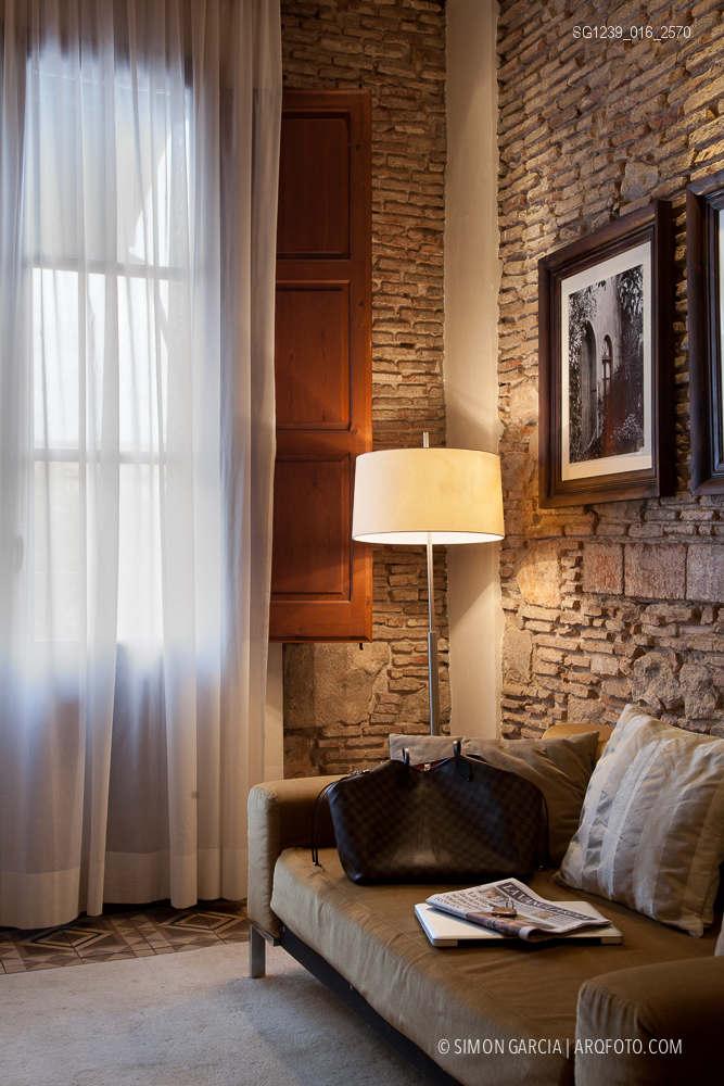 Fotografia de Arquitectura Apartamentos-Casa-de-les-Lletres-AAGF-arquitectos-SG1239_016_2570