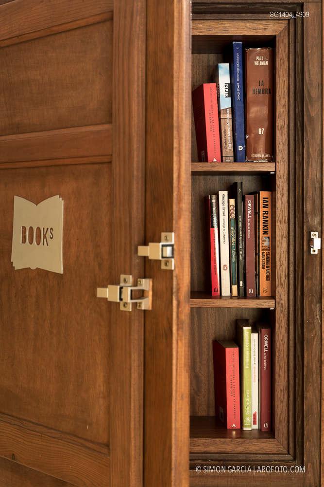 Fotografia de Arquitectura Apartamentos-Casa-de-les-Lletres-AAGF-arquitectos-SG1404_4909