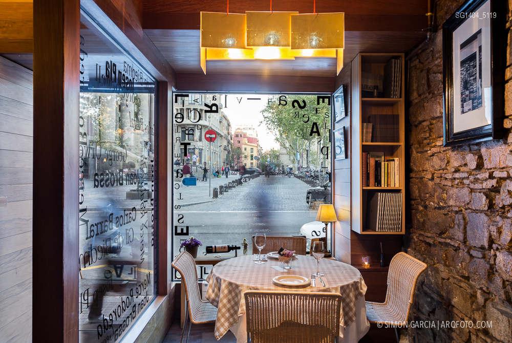 Fotografia de Arquitectura Apartamentos-Casa-de-les-Lletres-AAGF-arquitectos-SG1404_5119