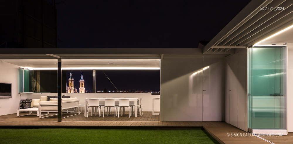 Fotografia de Arquitectura Atico-Zaragoza-living-roof-reactivar-la-azotea-Magen-arquitectos-SG1471_2024