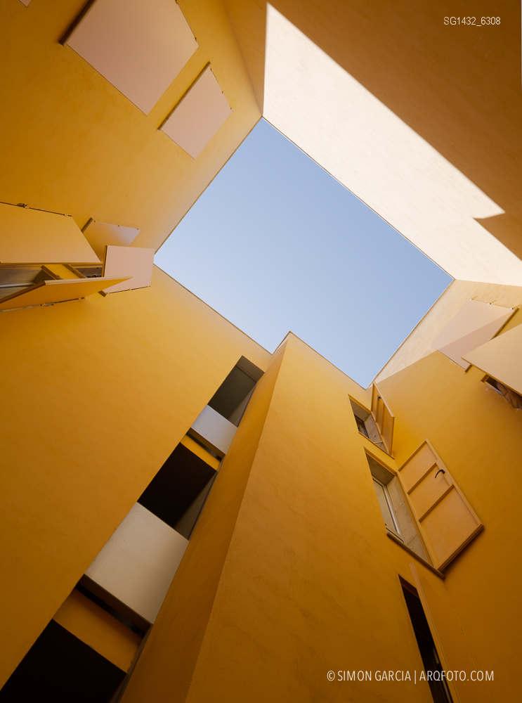 Fotografia de Arquitectura Bloque-viviendas-8-casas-y-3-patios-Las-Palmas-de-Gran-Canaria-Romera-Riuz-arquitectos-SG1432_6308