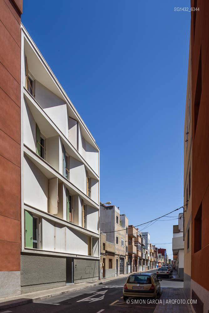 Fotografia de Arquitectura Bloque-viviendas-8-casas-y-3-patios-Las-Palmas-de-Gran-Canaria-Romera-Riuz-arquitectos-SG1432_6344