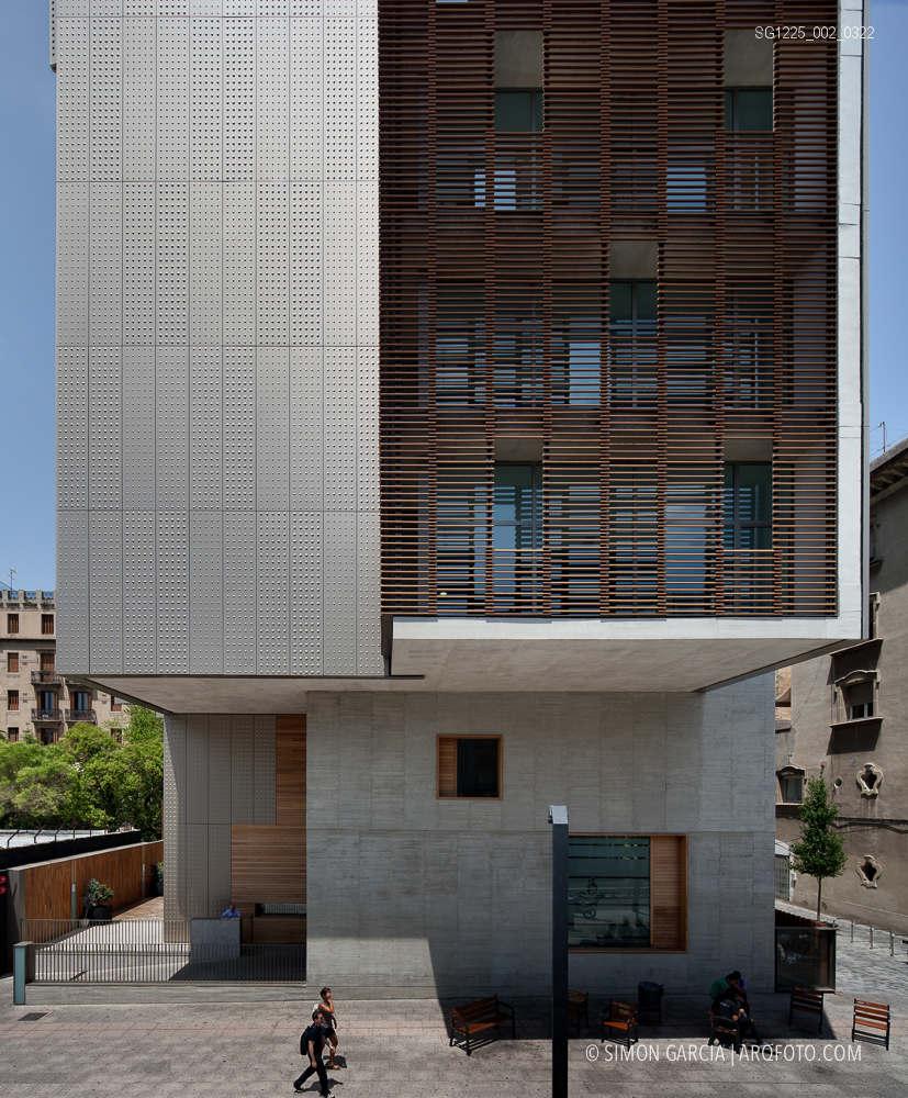 Reportaje fotografia arquitectura centro sanitario lesseps for Sanitarios barcelona