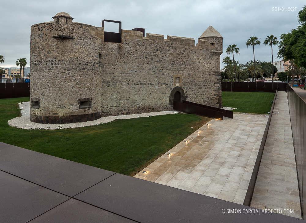 Reportaje de fotografia de arquitectura del castillo de la for Cristalerias en las palmas de gran canaria