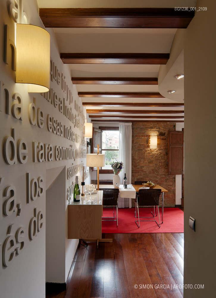 Fotografia de Arquitectura Apartamentos-Casa-de-les-Lletres-AAGF-arquitectos-SG1236_001_2109