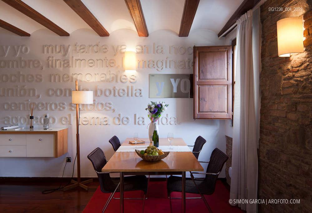 Fotografia de Arquitectura Apartamentos-Casa-de-les-Lletres-AAGF-arquitectos-SG1236_004_2038