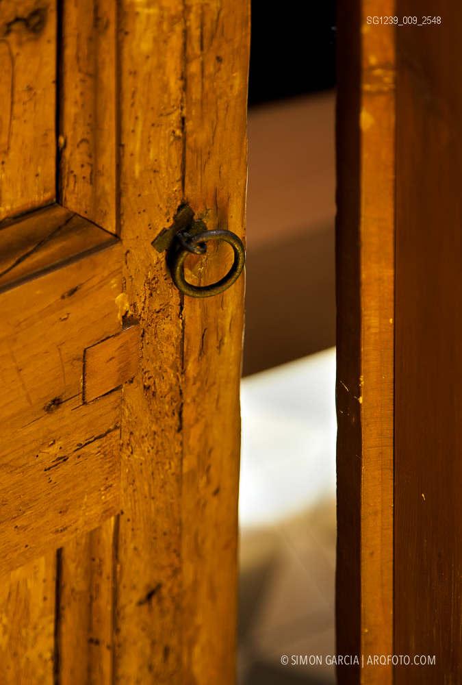 Fotografia de Arquitectura Apartamentos-Casa-de-les-Lletres-AAGF-arquitectos-SG1239_009_2548