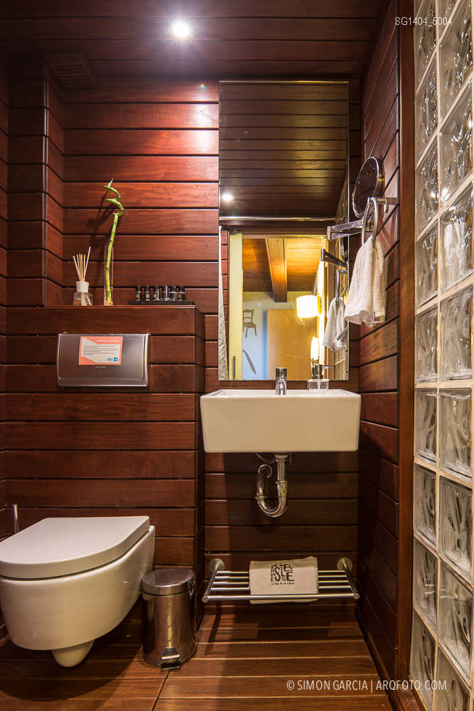 Fotografia de Arquitectura Apartamentos-Casa-de-les-Lletres-AAGF-arquitectos-SG1404_5004