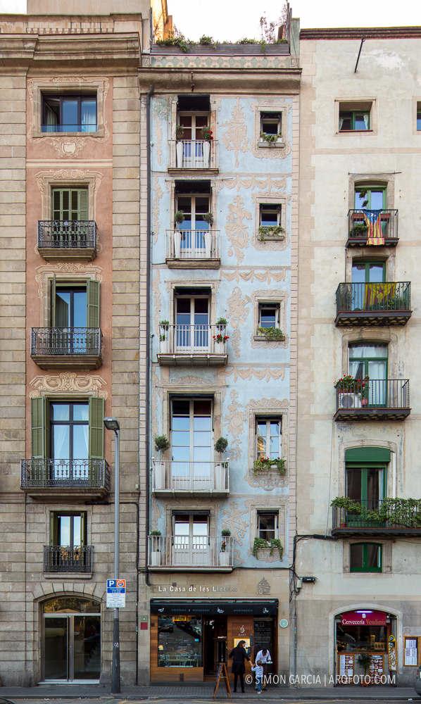 Fotografia de Arquitectura Apartamentos-Casa-de-les-Lletres-AAGF-arquitectos-SG1404_5085