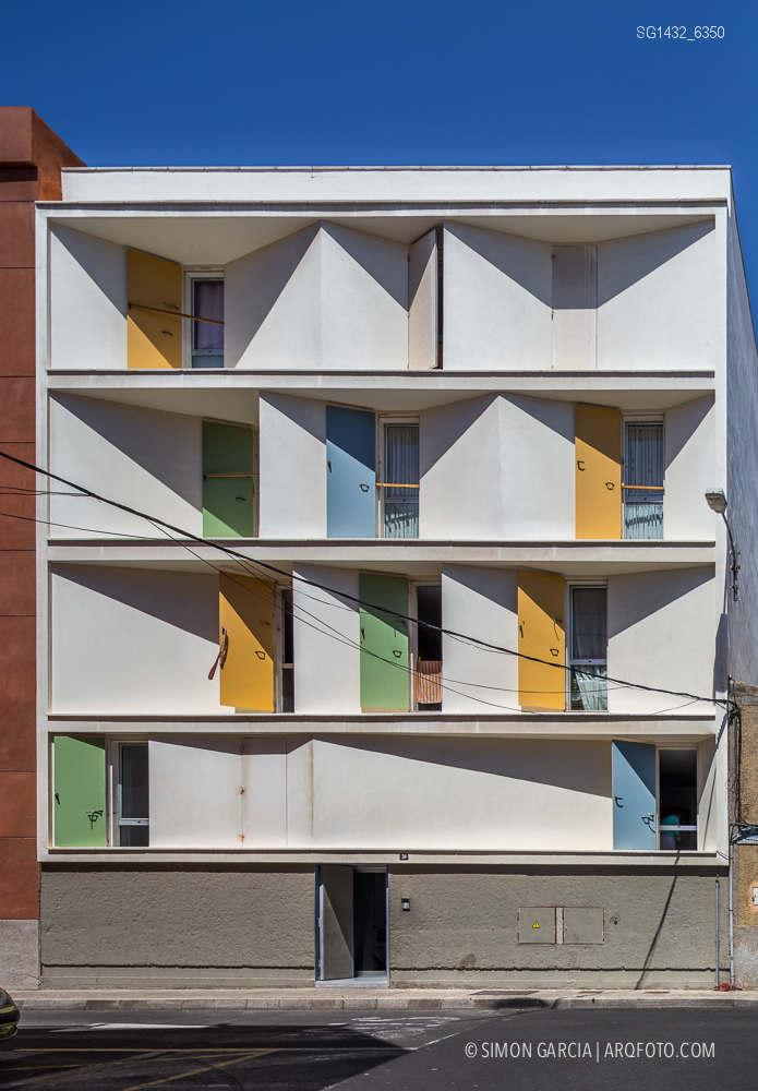 Fotografia de Arquitectura Bloque-viviendas-8-casas-y-3-patios-Las-Palmas-de-Gran-Canaria-Romera-Riuz-arquitectos-SG1432_6350