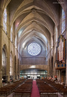 Fotografia de Arquitectura Iglesia-Sant-Cugat-SG1031_003a_8325