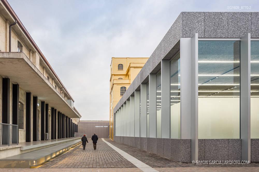 Fotografia de Arquitectura Fondazione-Prada-OMA-Rem-Koolhaas--01-SG1609_8770-2