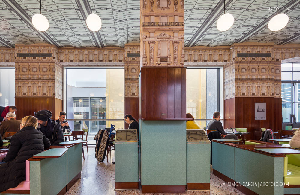 Fotografia de Arquitectura Fondazione-Prada-OMA-Rem-Koolhaas--18-SG1609_8357