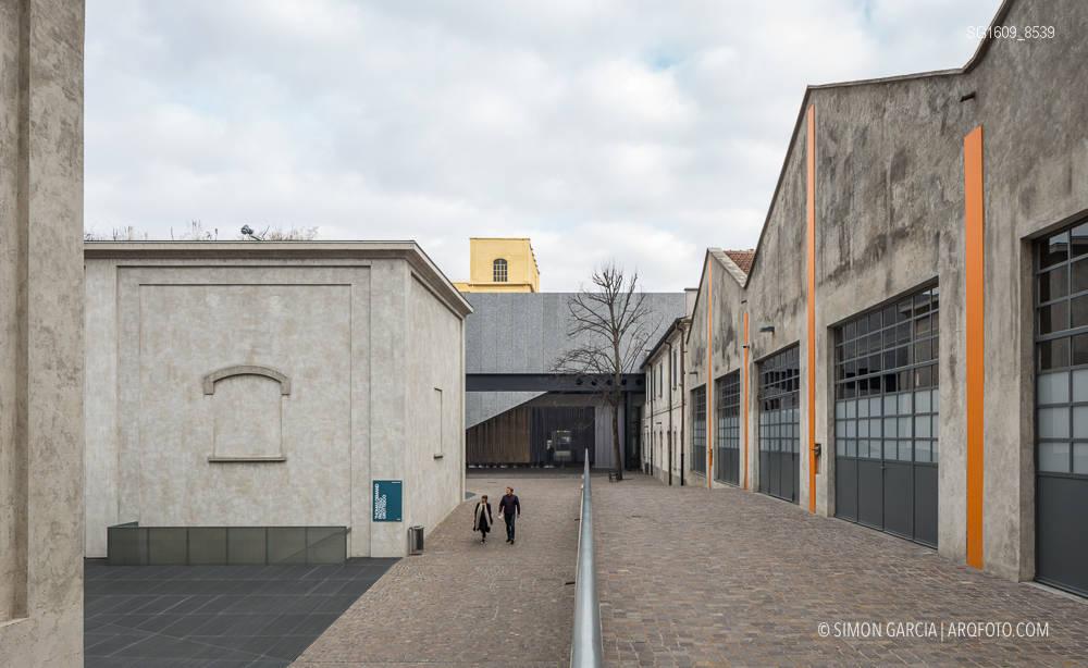 Fotografia de Arquitectura Fondazione-Prada-OMA-Rem-Koolhaas--44-SG1609_8539