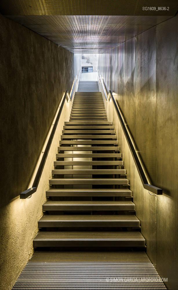 Fotografia de Arquitectura Fondazione-Prada-OMA-Rem-Koolhaas--60-SG1609_8636-2