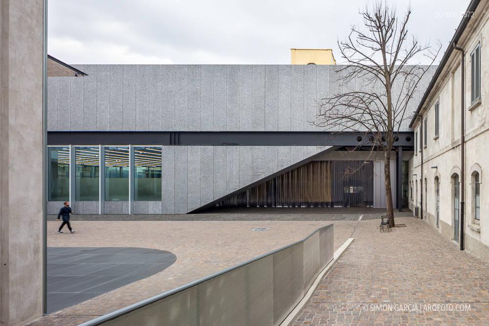Fotografia de Arquitectura Fondazione-Prada-OMA-Rem-Koolhaas--61-SG1609_8572