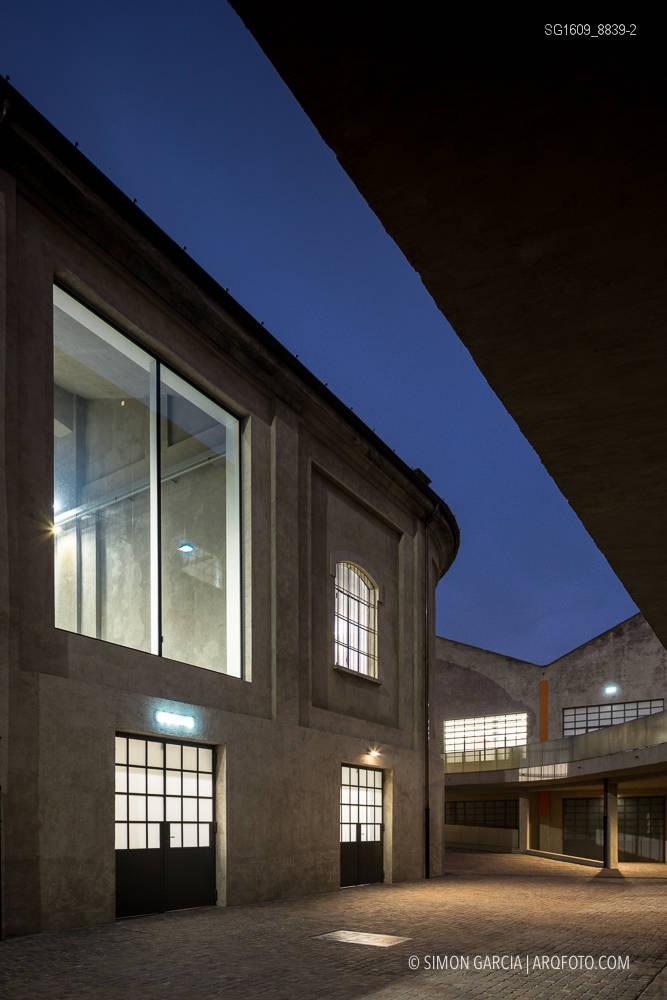 Fotografia de Arquitectura Fondazione-Prada-OMA-Rem-Koolhaas--93-SG1609_8839-2