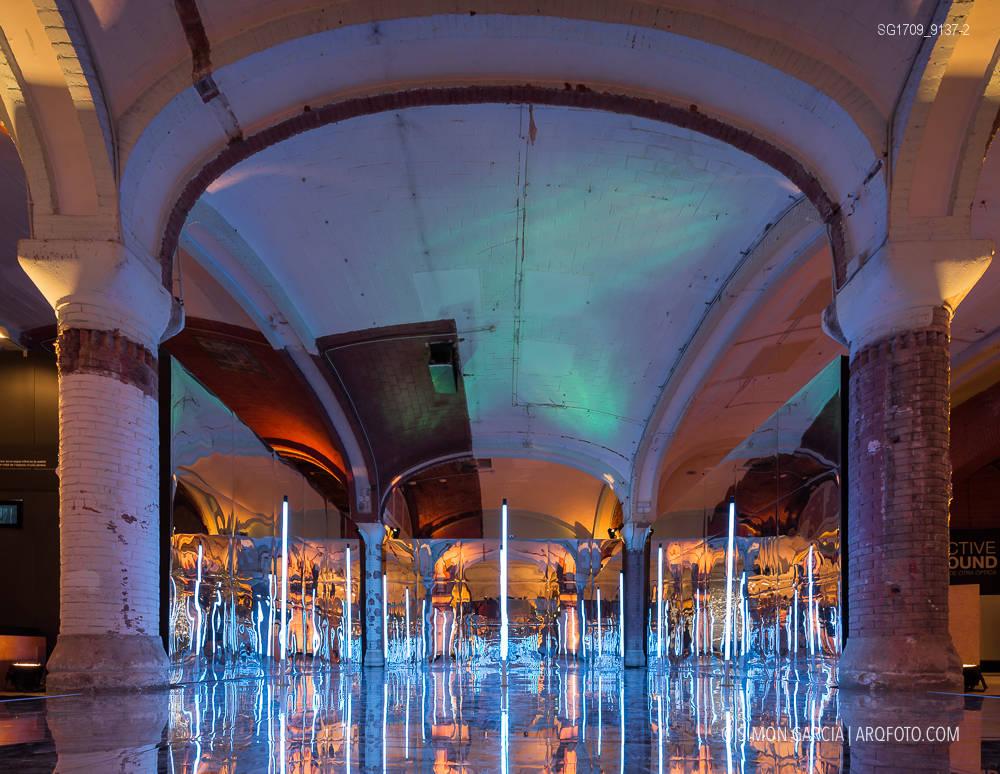 Fotografia de Arquitectura Instalacion-Miralls-Perspective-Playground-Olympus-05-SG1709_9137-2
