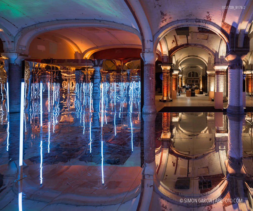 Fotografia de Arquitectura Instalacion-Miralls-Perspective-Playground-Olympus-07-SG1709_9176-2