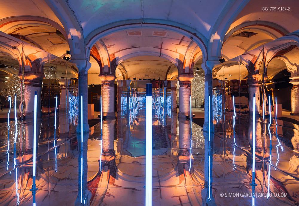 Fotografia de Arquitectura Instalacion-Miralls-Perspective-Playground-Olympus-08-SG1709_9184-2