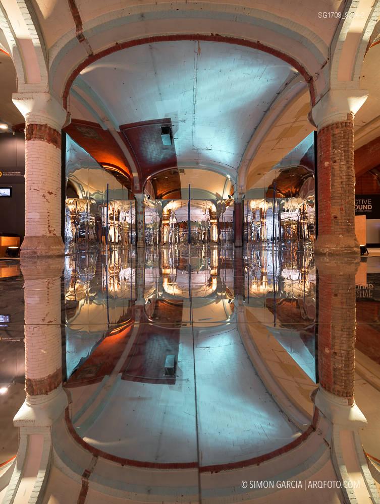 Fotografia de Arquitectura Instalacion-Miralls-Perspective-Playground-Olympus-11-SG1709_9214-2